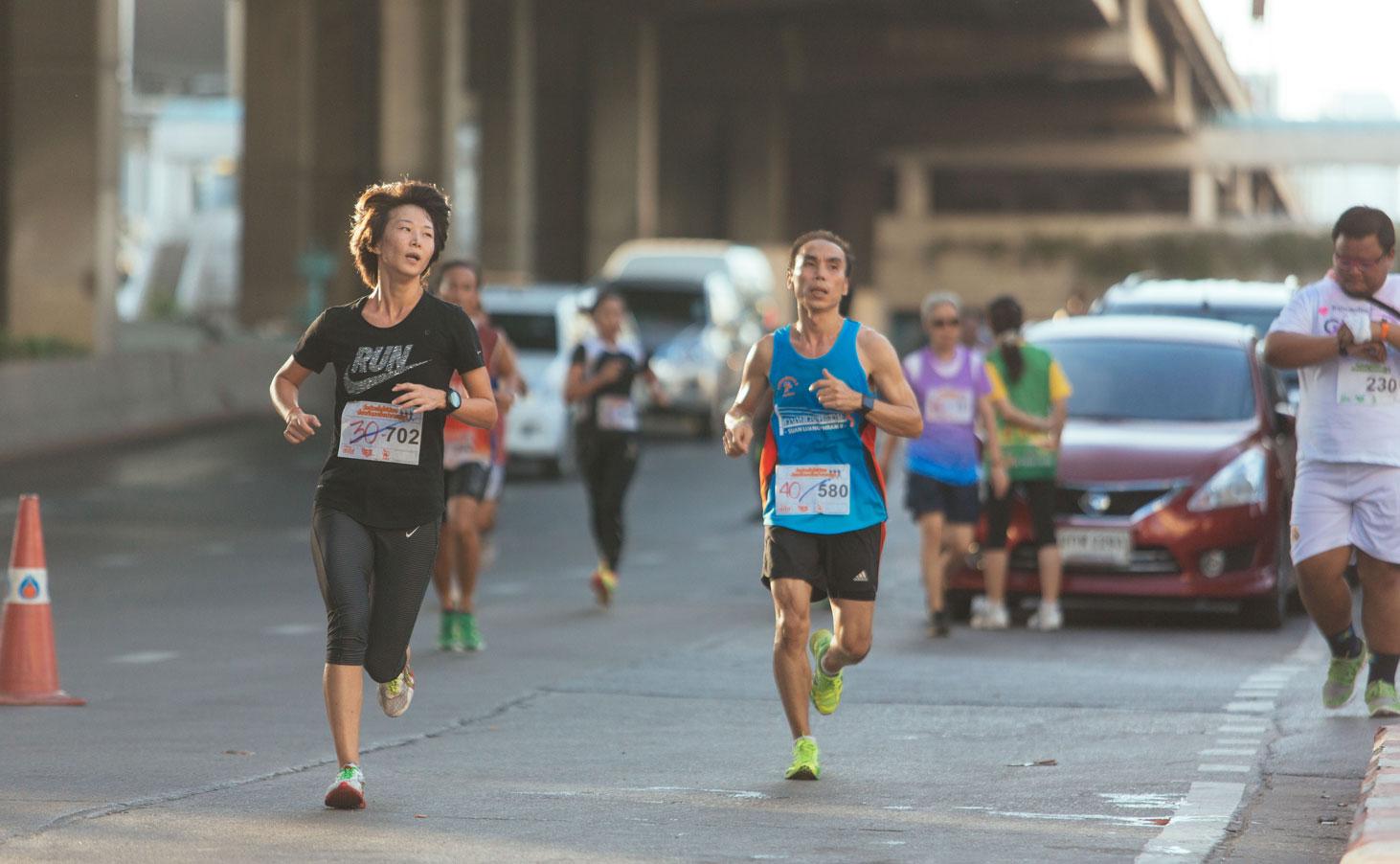 """TheSense มินิมาราธอน """"วิ่งด้วยใจให้น้อง ป้องกันมะเร็งปากมดลูก"""""""